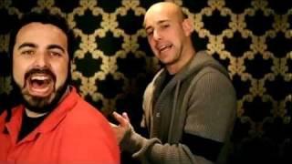 David Villa, Dani Alves y Pepe Reina cantan DAME VIDA con HUECCO.m4v
