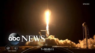 SpaceX launches 1st private flight to space