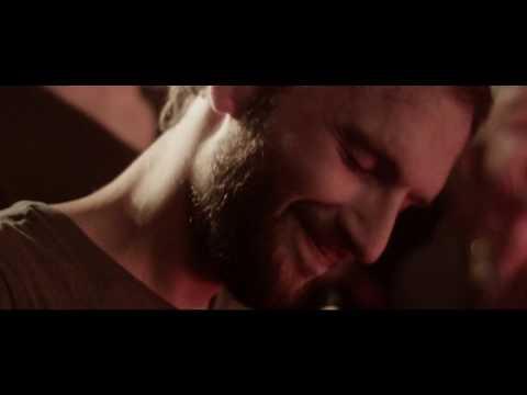 Komfortrauschen - Hank (Official Music Video)