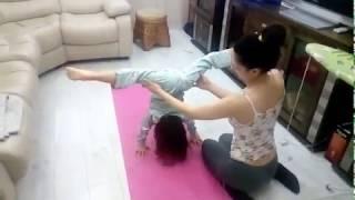 Как научить ребенка делать стойку на руках 5 лет