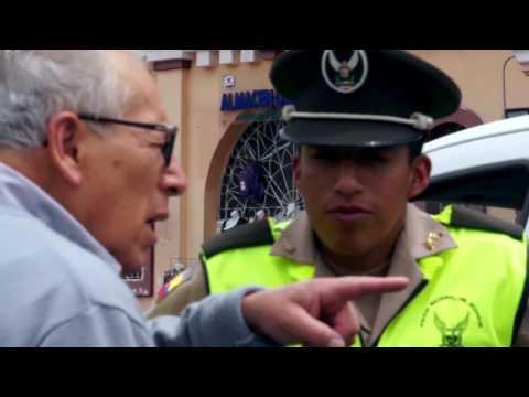 Policía Y Ciudadanía Conectados A Través De Chats Comunitarios En Cuenca