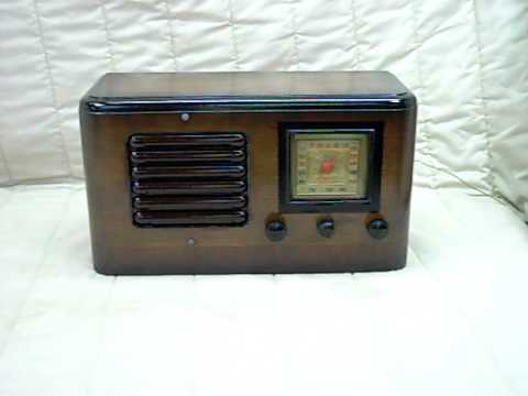 1940 General Television Model A36317 Old Antique Wood Tube Radio