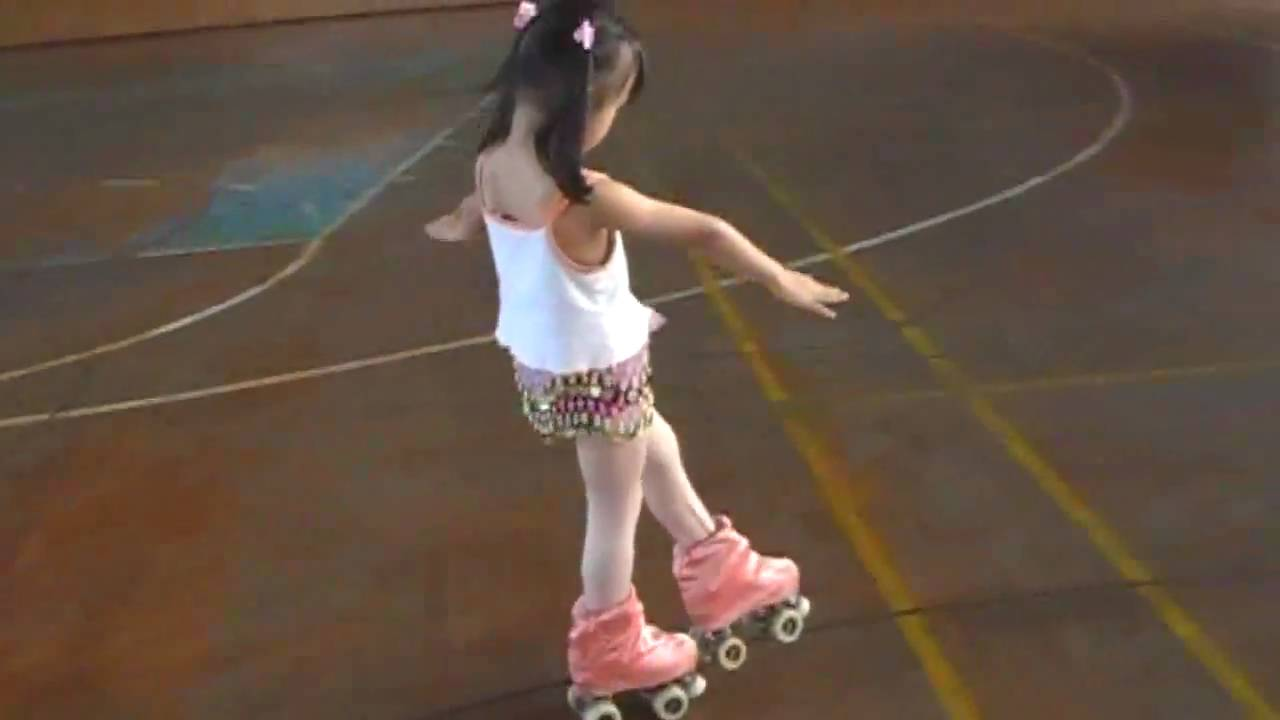 Artistic Roller Skating How To
