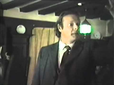 Captain Bill Robertson at Crown Hotel Meeting 1983 East Grinstead scientology.avi