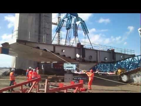 "Lifting first section of ""La Pepa"" cable-stayed bridge."