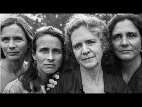 The Brown Sisters Morph: 40 years in 4 minutes