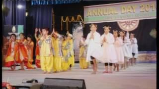 Video Hum Sab Ek Hain song in school function download MP3, 3GP, MP4, WEBM, AVI, FLV November 2017