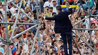 Guaido given hero's welcome in Venezuela