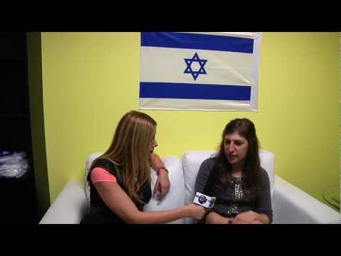 Thumbnail: MAYIM BIALIK The Big Bang Theory ראיון עם מים ביאליק, SHARON MOR, WHAT'S NEW LA