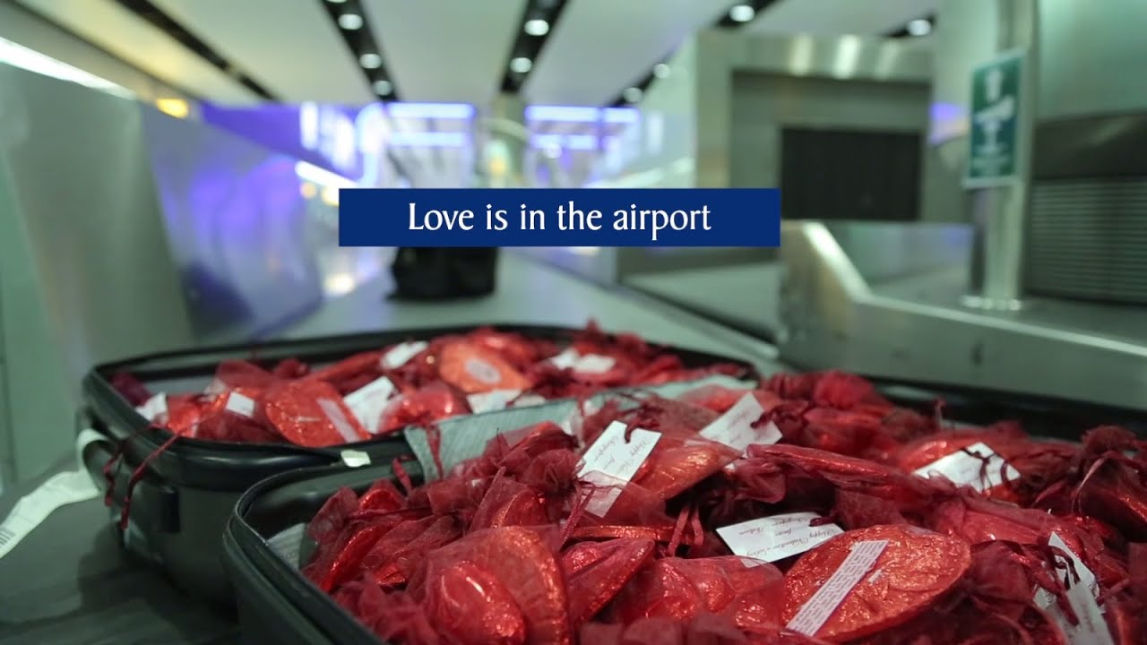 Love is in the Air(port) - Valentine's Day 2016 | Singapore Airlines