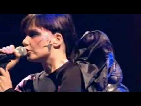 Bjork - All Is Full Of Love- Live