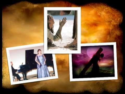 "DR PATRICIA EDWARDS (AUNT PAT)_sings ""HANGMAN"""