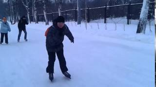 Устроил себе выходной от нагрузок: три часа на коньках в Сокольниках)))