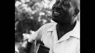 "Roots of Blues -- Big Bill Broonzy ""Too Too Train Blues"""