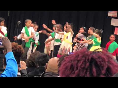 Kids dancing at Hindi song in Idlewood Elementary School