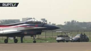 المقاتلة الشبح J20 الصينية تظهر لأول مرة