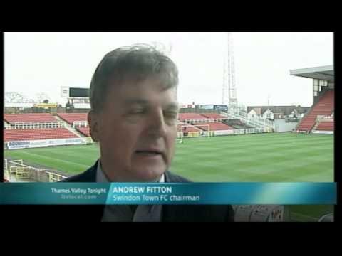 2008-11-14 Maurice Malpas sacked as Swindon Town manager
