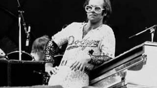 Elton John- Mona Lisa And Mad Hatters