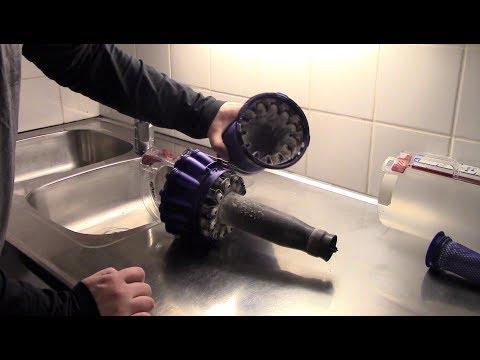 Dyson DC40 Bin Cleaning & Taking Apart