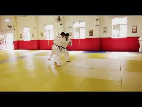 Judo Legend Jeon Ki Young: Ouchi gari + Tai otoshi Combination (HD)