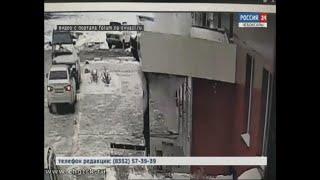 В Чебоксарах с 15-го этажа жилого дома в микрорайоне «Кувшинка»  выпала девушка