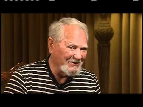 Clive Cussler On Innerviews With Ernie Manouse Youtube