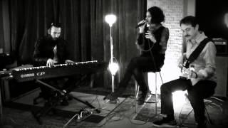 Melis Danişmend - Son Yolcu (Ajda Pekkan Cover)