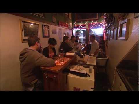 SF's Smallest Pub - Black Horse London Pub