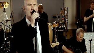 Phil Collins, hospitalizado tras sufrir una caída