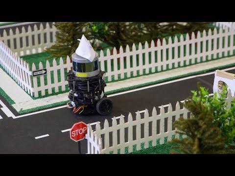 Autonomous robotics class integrates theory and practice