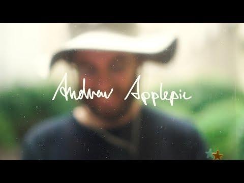 Andrew Applepie - Feel It In My Face mp3 ke stažení