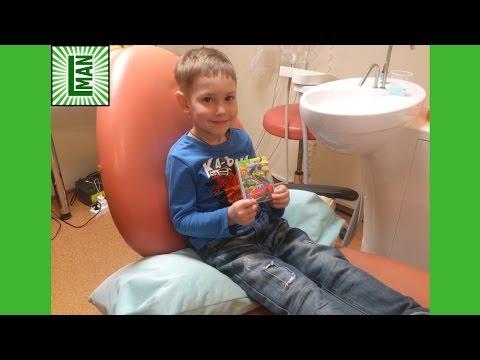 Ребенку лечат зубы.🏥 The child is treated teeth