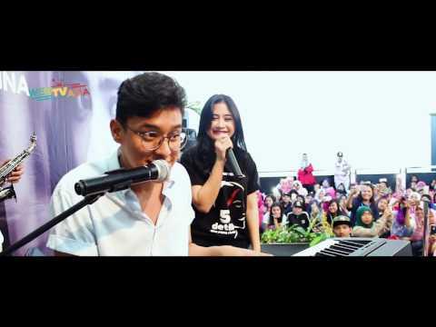 PRILLY & ARDHITO | MALAM MINGGU DI JAKARTA (FIRST DEBUT)