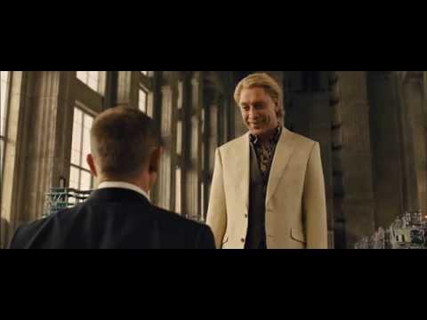 Skyfall  James Bond conoce a Silva y este mata a Severine