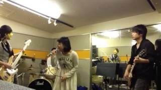 神戸、大阪で活動中のバンドSweet Syndromeです!今回は映画にでてきた...