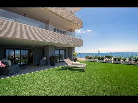 Sea front apartments in Punta Prima Beach