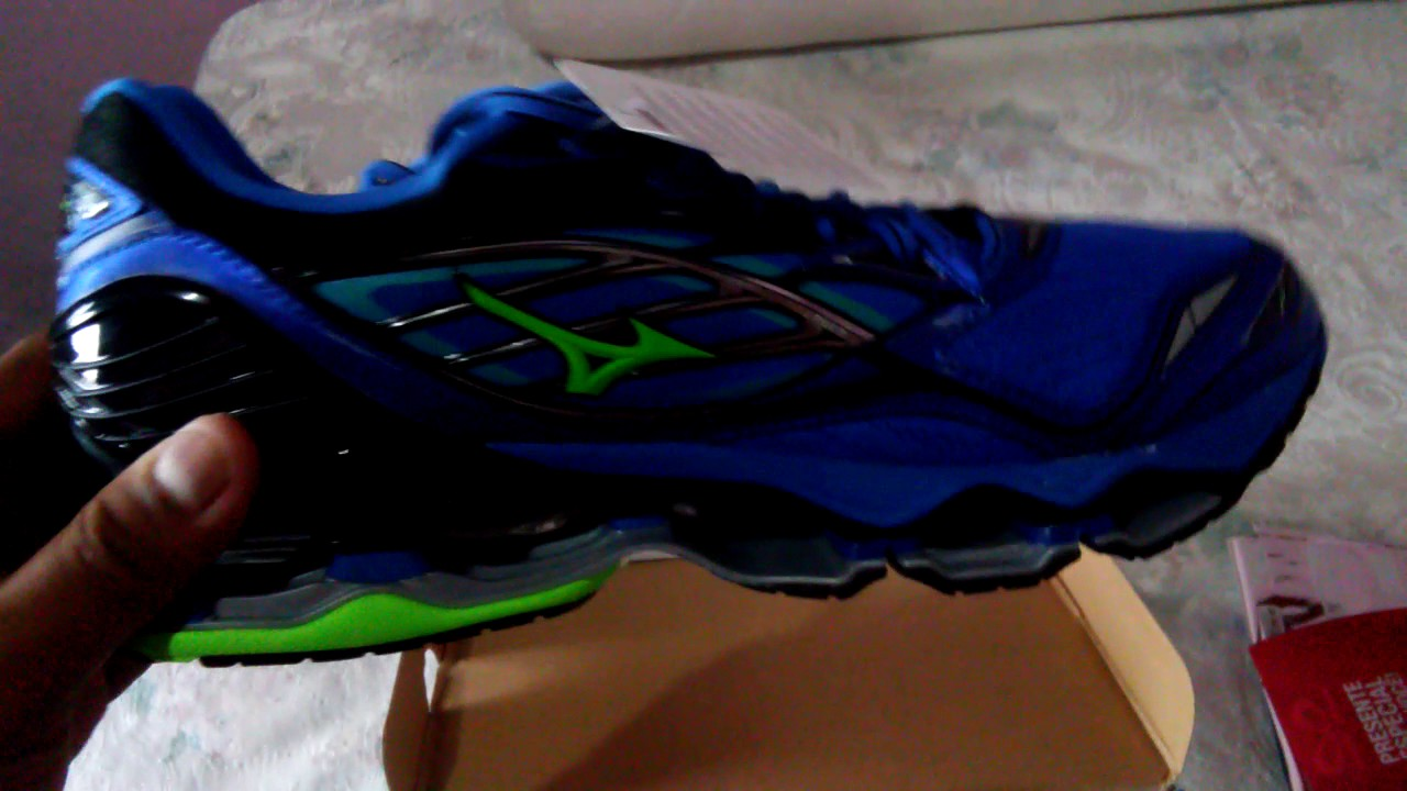 5802eac2e Mizuno Wave Prophecy 6 (Unboxing) - YouTube
