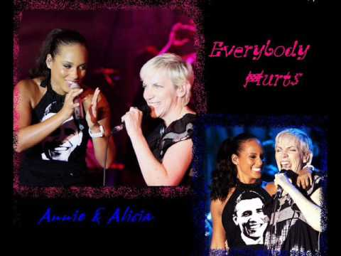 Annie Lennox and Alicia Keys Everybody Hurts Live Duet 2008