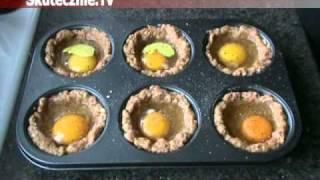 Jajka zapiekane w gniazdkach z mięsa mielonego :: Skutecznie.Tv