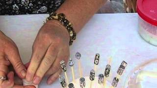 How To:  Using Vibrance Glaze for Paper Beads, by JaniceMae