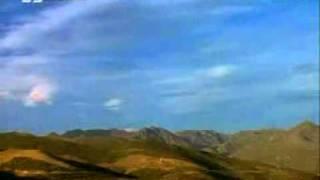 Nazm Nishan ko dekh kar - persented by khalid Qadiani.mp4