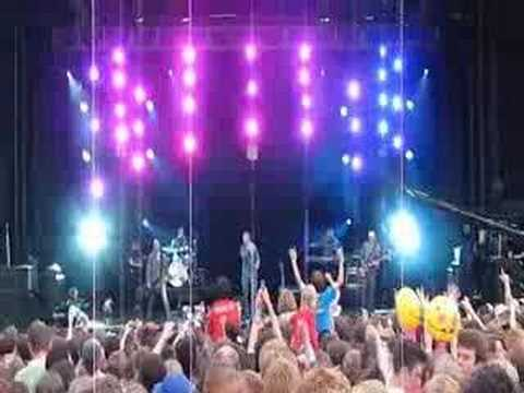 Delirious - God is smiling - Alton Towers 2008