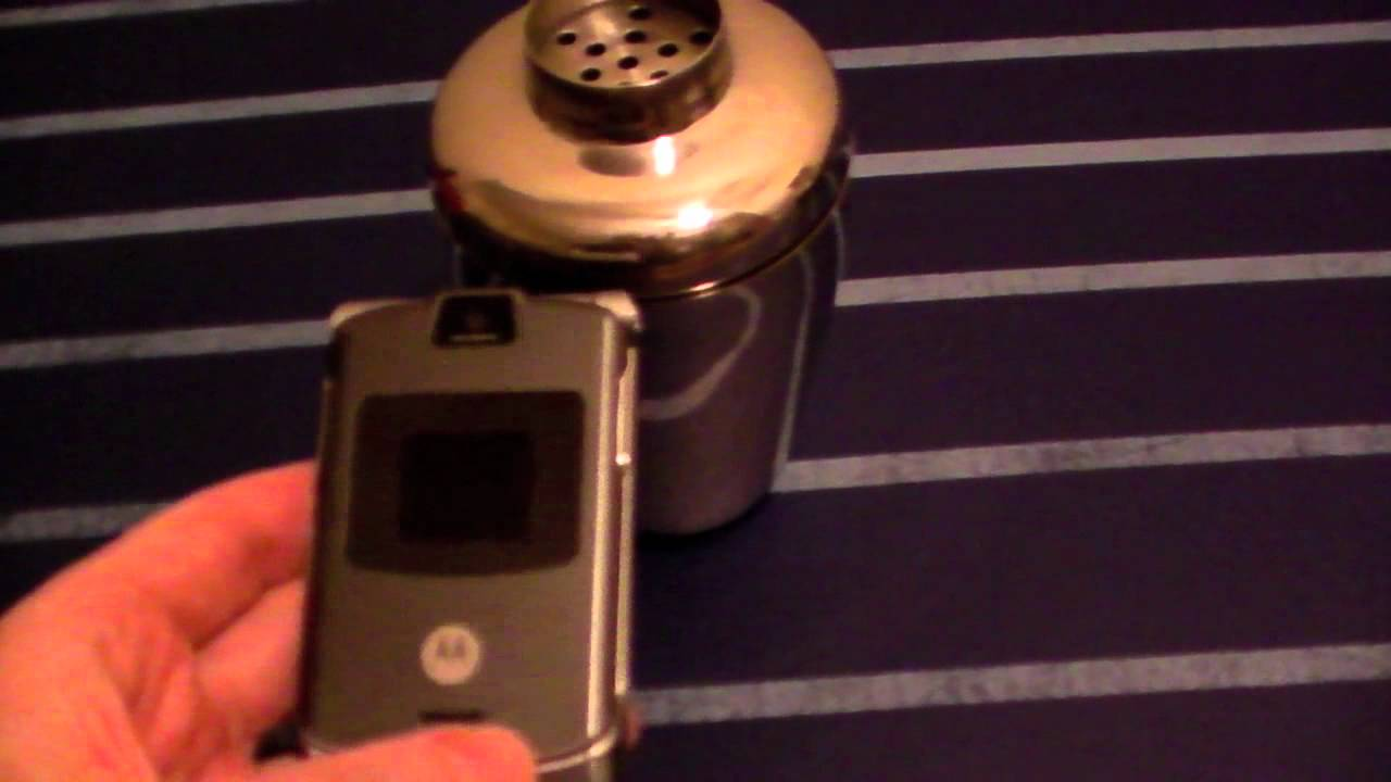 Blocking A Cellphone Signal Using Faraday Cage Youtube Small Choyo Bag Smartphone Ampamp Gps