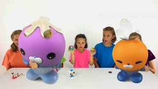 Learn English Colors! Fun Toys with Sign Post Kids!