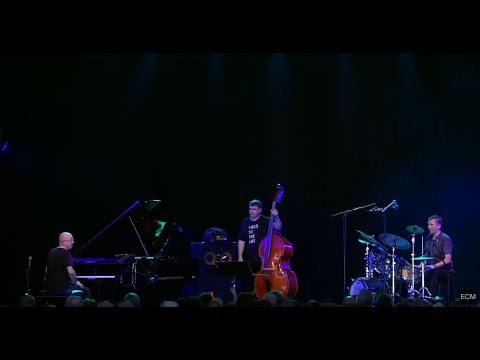 Marcin Wasilewski Trio - Austin (Live)