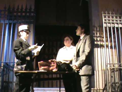"""Compagnia teatrale """"Porta Rua"""" Una serata con Totò-La Valigia (Noi duri)"""
