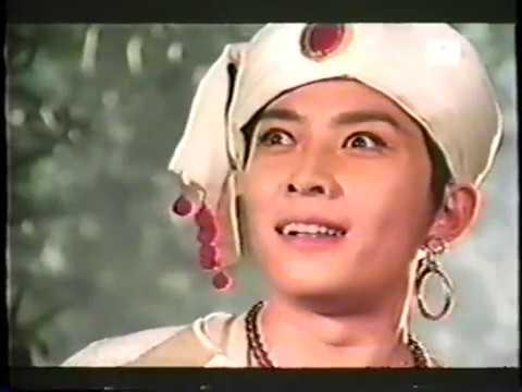 Huab Tais Xya Leej Ntxhais Namununa Hmong Dubbed