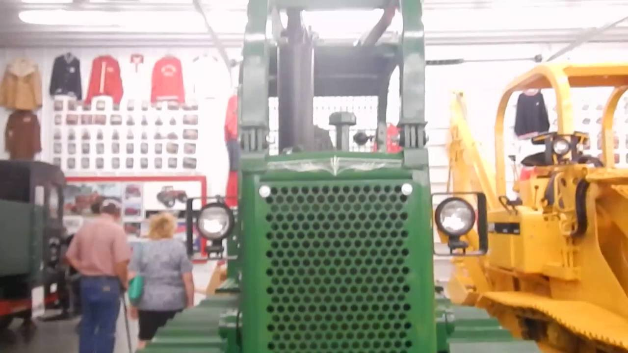 International TD-8 Series E Power Shift Dozer With Winch