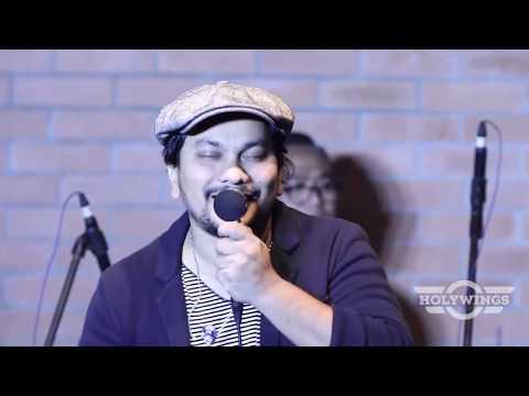 Sedari Dulu - TOMPI (live) at Holywings Indonesia
