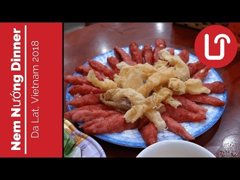 Dinner and Coffee in Da Lat with Hà - Travel Vietnam